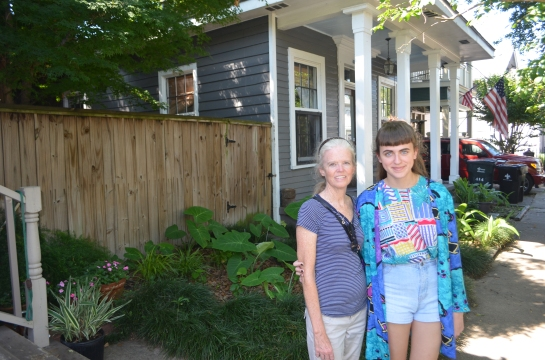 Elizabeth and Rosemary in front of her sister Anne's longtime house in Algiers.
